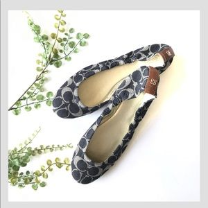 Coach monogram flats blue cream white print